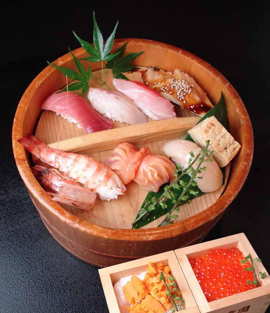 贅沢ランチ寿司!「玉手箱寿司 3200円」のイメージ